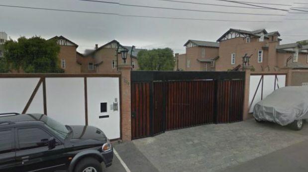 Así resguardaba la policía la casa del ex operador de Montesinos, Óscar López Meneses [FOTOS]