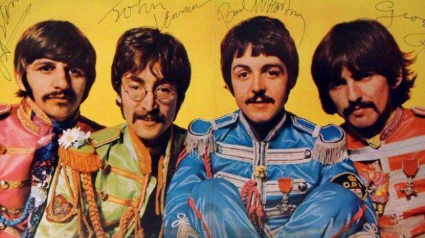 Español ofrece el 'Sgt. Pepper´s' firmado por 'The Beatles' a cambio de trabajo