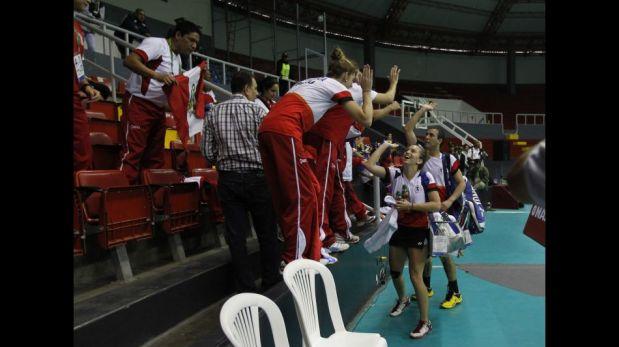 Perú se quedó con el oro en natación en la segunda jornada de los Juegos Bolivarianos [FOTOS]