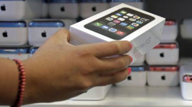 Jurado de EE.UU. ordenó a Samsung pagar US$290 millones a Apple