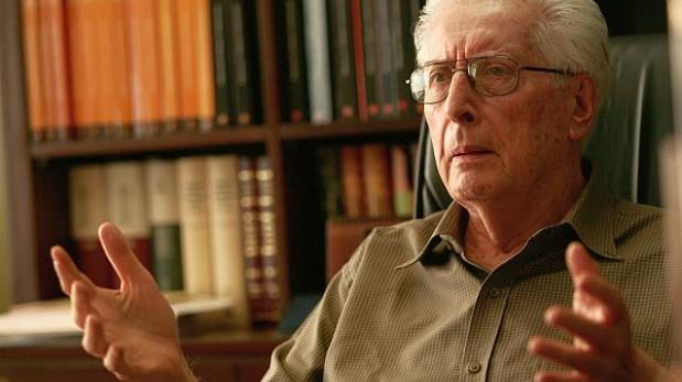 Alva Orlandini exigió que se eleven requisitos para acceder al Congreso