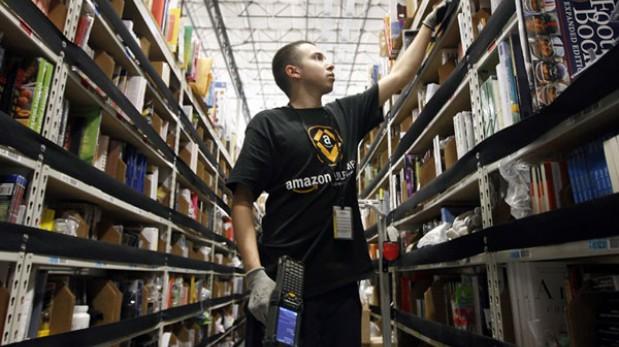 """Empleados de Amazon trabajan """"como robots"""""""