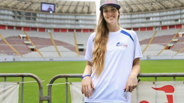 Raffaella Camet quiere que Natalia Málaga siga como DT de mayores