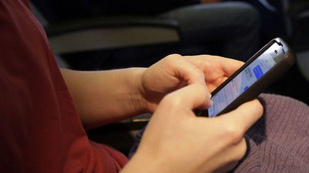 Europa autoriza el uso de teléfonos y tabletas durante todo el vuelo