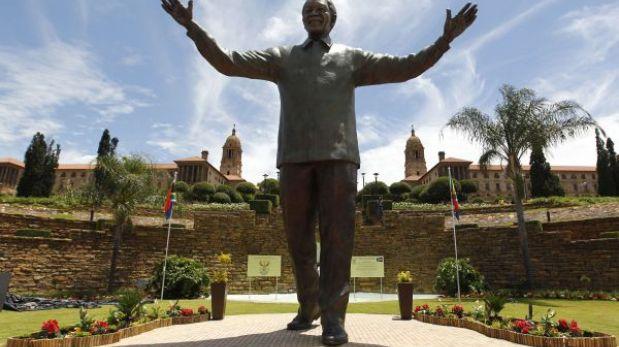 Sudáfrica: inauguran la estatua de Nelson Mandela más grande del mundo