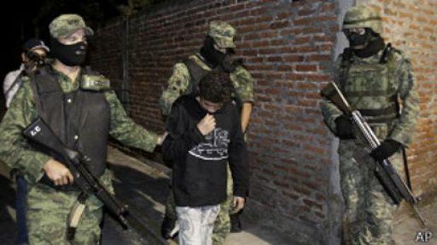 México: ¿por qué el narcotráfico recluta a miles de menores?