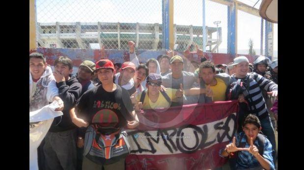 La 'U' llegó a Jauja y sus hinchas pintaron de crema la ciudad de Huancayo [FOTOS]