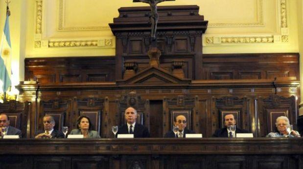 Argentina: nuevo código penal plantea eliminar cadena perpetua y suavizar sanciones