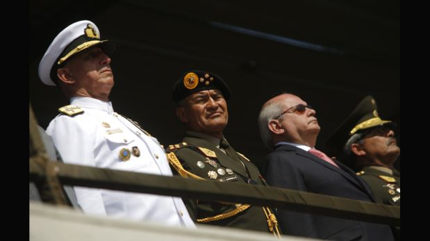 Nuevo jefe del Comando Conjunto asumió el cargo elogiando labor de su antecesor [FOTOS]