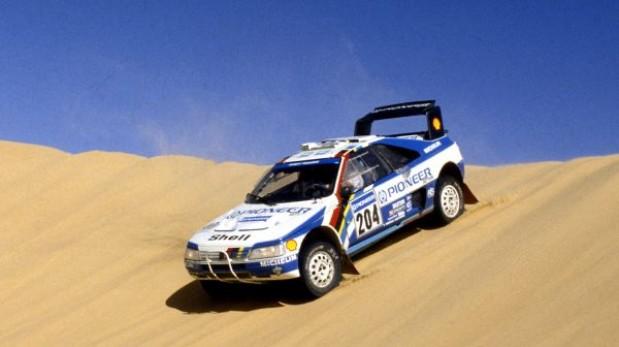 Peugeot con Loeb volvería al Dakar en el 2015