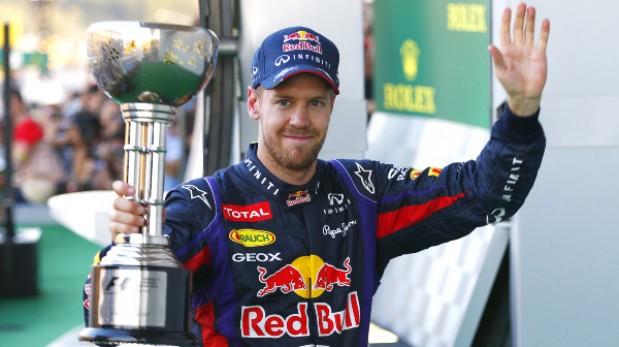 Vettel gana en Japón pero aún no celebra el título