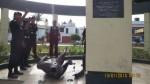Trujillo: desconocidos destruyeron estatua de héroe de la PNP - Noticias de luis puell