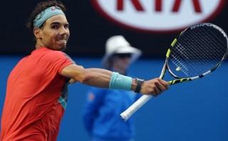 Rafael Nadal sufre para vencer a Nishikori en Australia