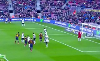 El golazo de sombrerito que marcó el chileno Alexis Sánchez