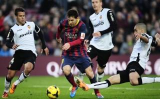 Barcelona cayó 3-2 ante Valencia y podría perder el liderato