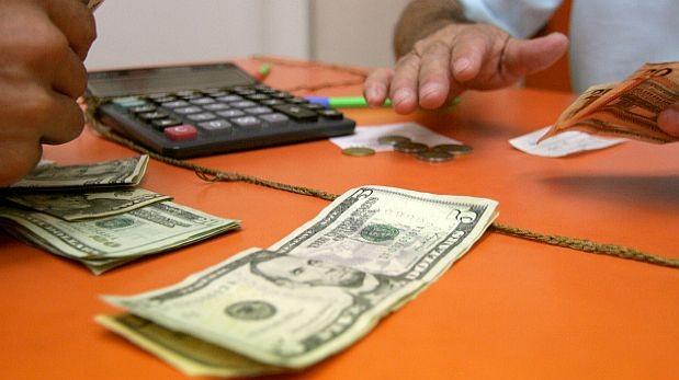 El dólar se mantuvo como la inversión más rentable en enero