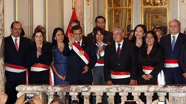 """""""Estado, sueldos y meritocracia"""", por Efraín Gonzáles de Olarte"""