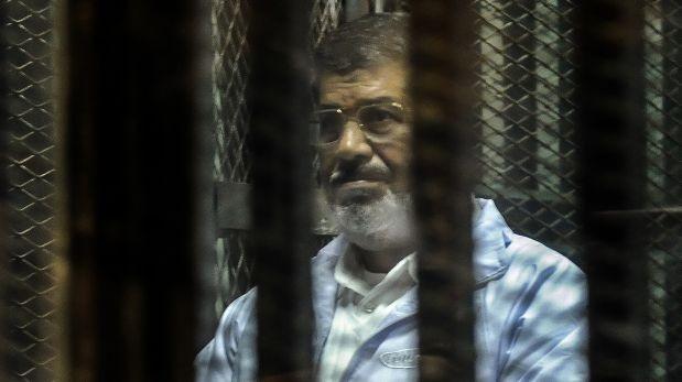 Mohamed Mursi enfrenta cargos por espionaje y conspiración