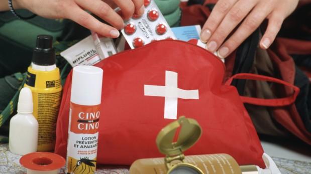Cómo preparar un kit de primeros auxilios para tu viaje