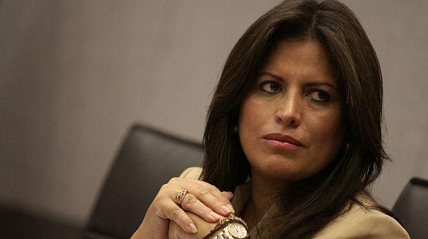 Carmen Omonte negó haber vulnerado ley por concesión minera
