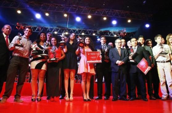 Mejores deportistas peruanos fueron premiados por el IPD y COP