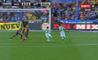 Mira el autogol que le permitió ganar al Barcelona
