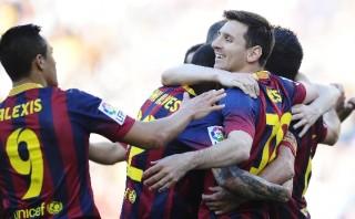 'Barza' le ganó un 3-1 al Betis y sigue un punto del Atlético