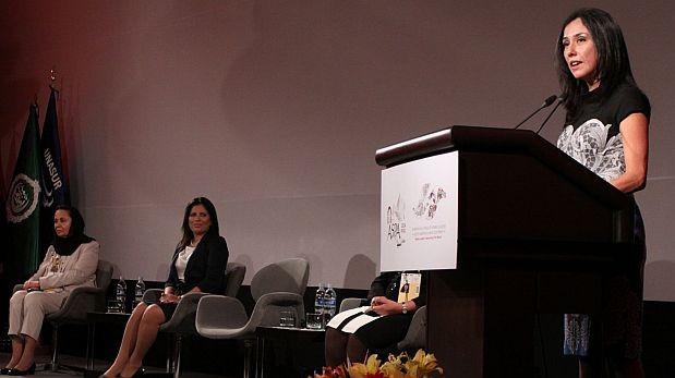 Carmen Omonte aclaró que invitó a Nadine a inaugurar foro ASPA