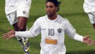 Ronaldinho en lío judicial por desvíos de fondos públicos