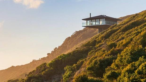 Disfruta de tus vacaciones en esta casa flotante sobre la playa