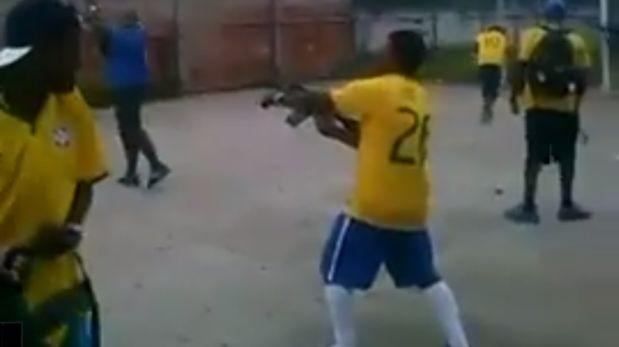 Hinchas festejaron gol en Brasil con disparos de fusil