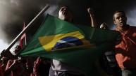 Brasil: Quema de llantas y bloqueo de vías a un mes del Mundial