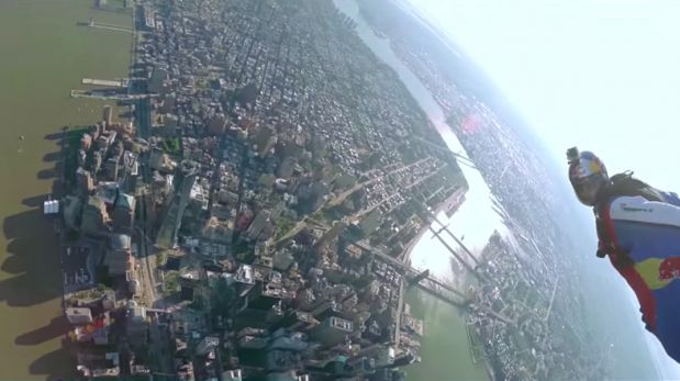 VIDEO: Paracaidistas muestran a Nueva York como nunca antes