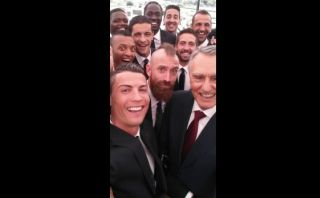 Cristiano se tomó un selfie con el Presidente de Portugal