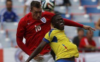 Ecuador empató 2-2 con Inglaterra con golazo de Arroyo