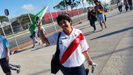 Con peruanos presentes: hinchas pugnan por entradas para debut