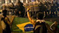 Brasil: Primera pelea entre hinchas fue por bandera argentina