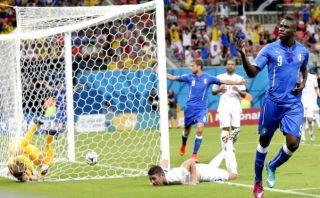 Italia derrotó 2-1 a Inglaterra y suma 3 puntos en el grupo D