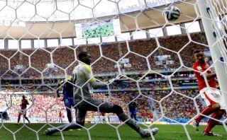 Seferovic y el gol que dio el triunfo a Suiza a los 93 minutos