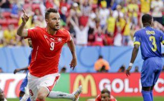 Suiza venció 2-1 a Ecuador en los minutos finales del partido
