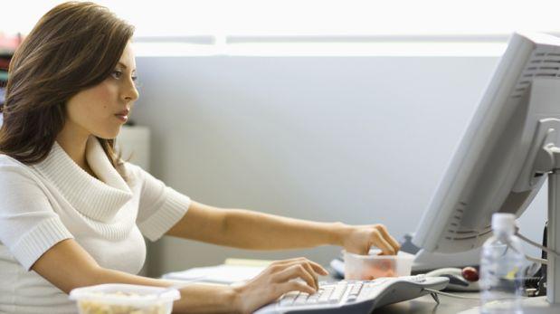 Cinco cosas importantes que debes tener en tu escritorio