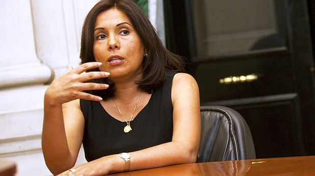 MEF niega que Tania Quispe vaya a dejar la jefatura de la Sunat