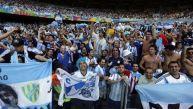Jugadores argentinos cantan: