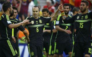 España goleó 3-0 a Australia y se despidió con triunfo