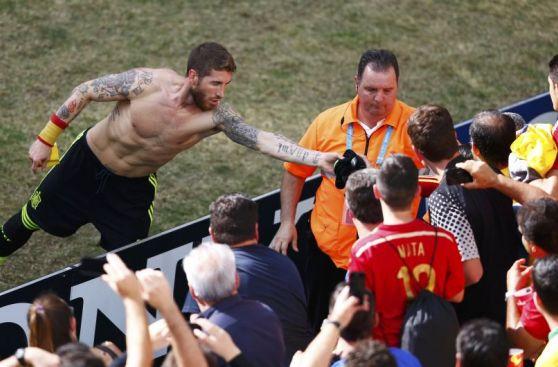 España le dijo adiós al Mundial con una goleada insípida