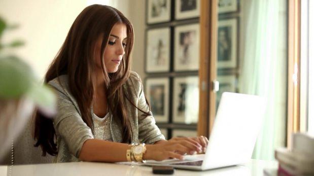 ¿Adicta al trabajo? 5 errores comunes que cometes en la oficina