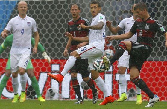 Estados Unidos vs. Alemania: duelo con una incesante lluvia