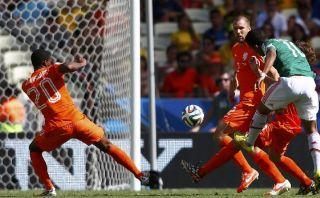 Golazo de Gio dos Santos que venció a la dura Holanda