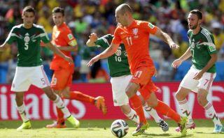 Holanda venció 2-1 a México y clasificó a cuartos de final