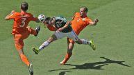 Holanda vs. México: once momentos del duelo por Brasil 2014